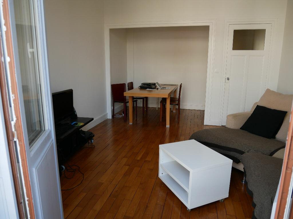Achat Appartement 2 pièces à Lyon 6 - vignette-1