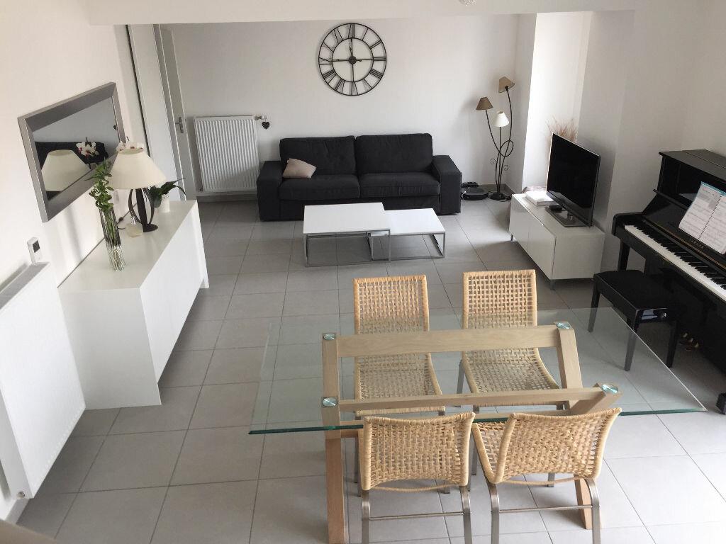 Achat Appartement 5 pièces à Villeurbanne - vignette-1
