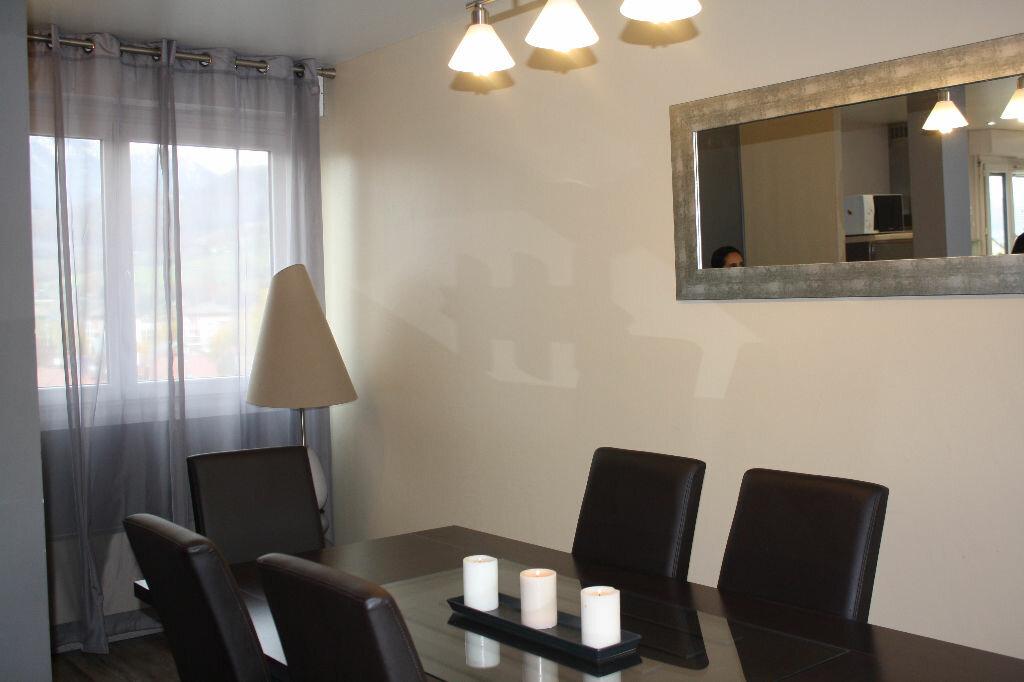 Achat Appartement 3 pièces à Cluses - vignette-4