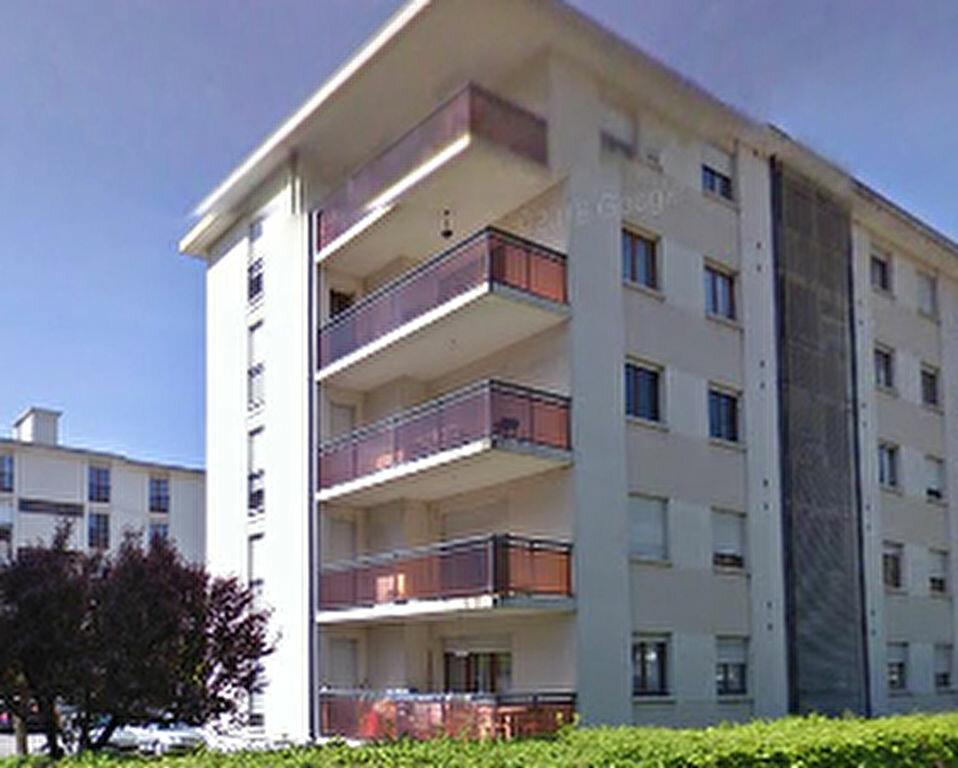 Achat Appartement 4 pièces à Cluses - vignette-1