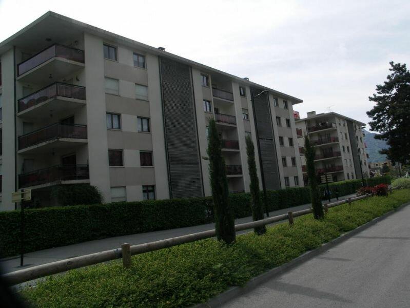 Location Appartement 3 pièces à Cluses - vignette-1