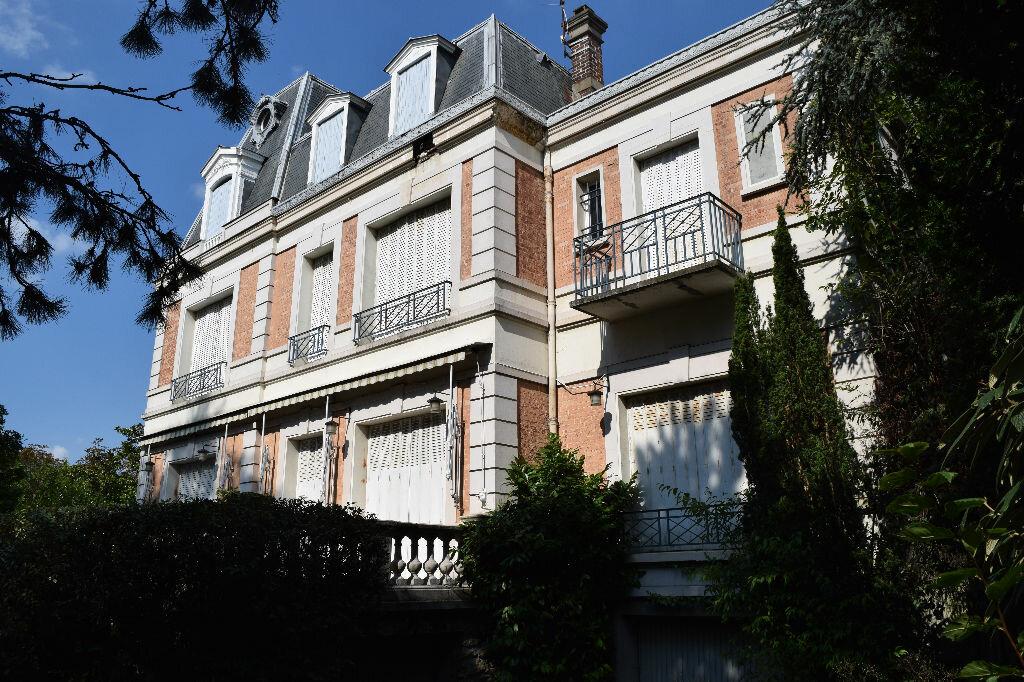 Achat Maison 11 pièces à Eaubonne - vignette-1