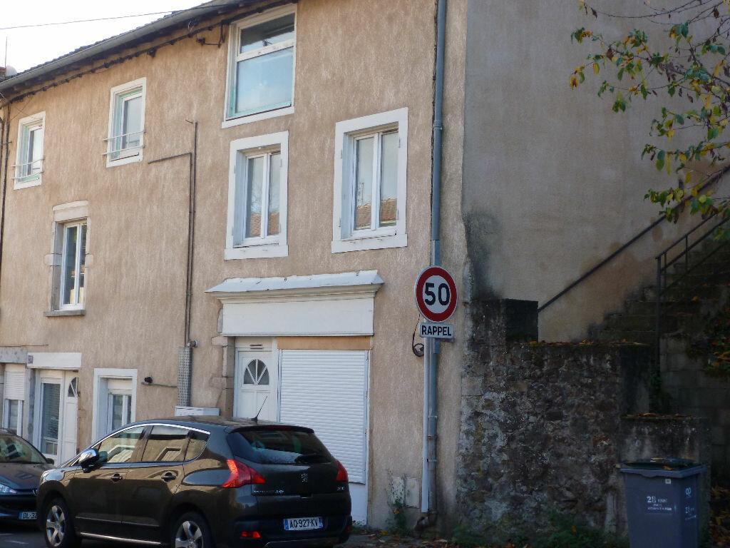 Achat Appartement 4 pièces à Beaujeu - vignette-1