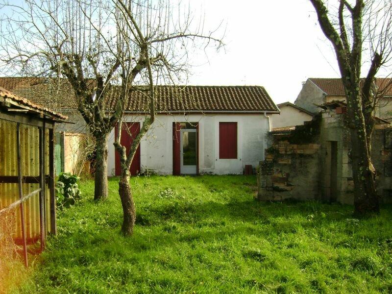 Achat Maison 3 pièces à Saint-Yzan-de-Soudiac - vignette-8