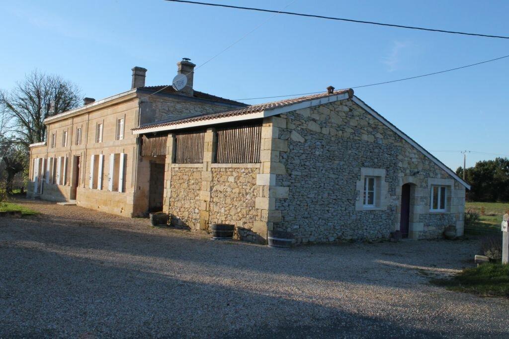 Achat Maison 9 pièces à Saint-Savin - vignette-1
