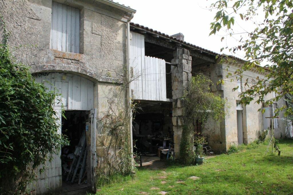 Achat Maison 7 pièces à Saint-Christoly-de-Blaye - vignette-1