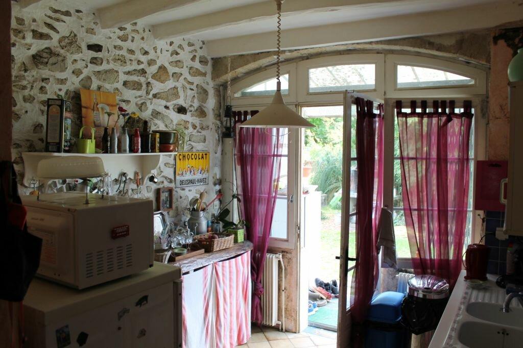 Achat Maison 7 pièces à Saint-Christoly-de-Blaye - vignette-3