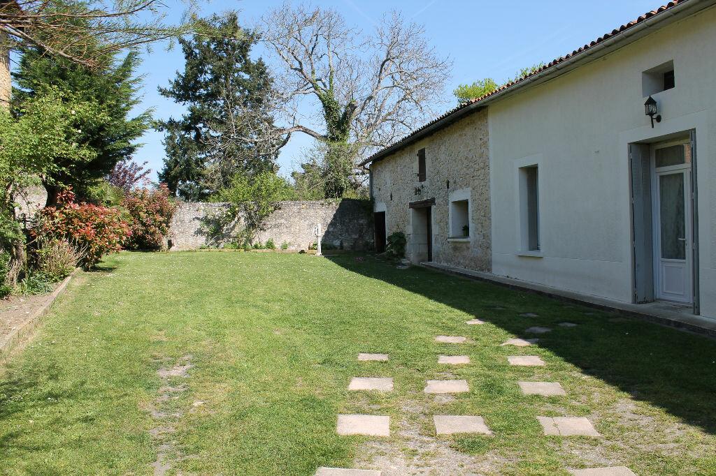 Achat Maison 4 pièces à Montlieu-la-Garde - vignette-1