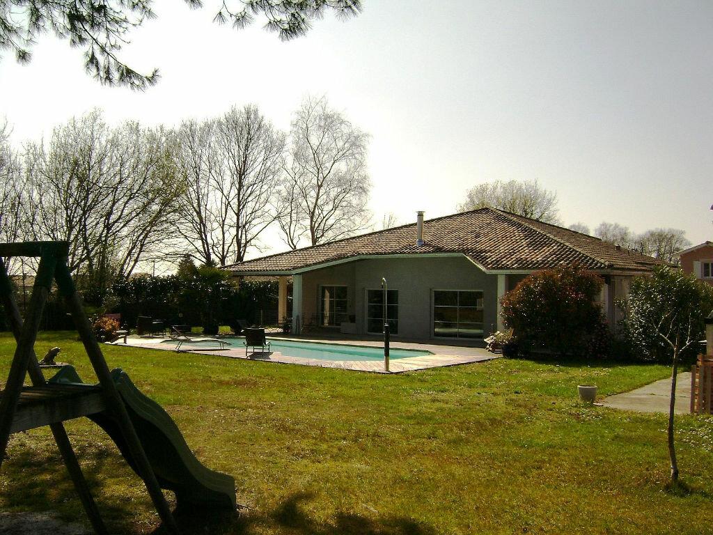 Achat Maison 6 pièces à La Lande-de-Fronsac - vignette-1