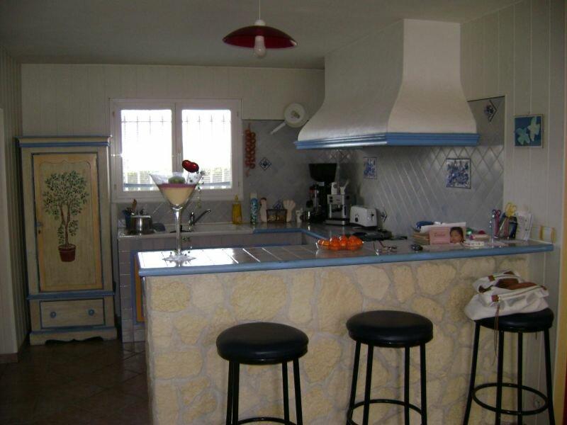 Achat Maison 4 pièces à La Lande-de-Fronsac - vignette-4
