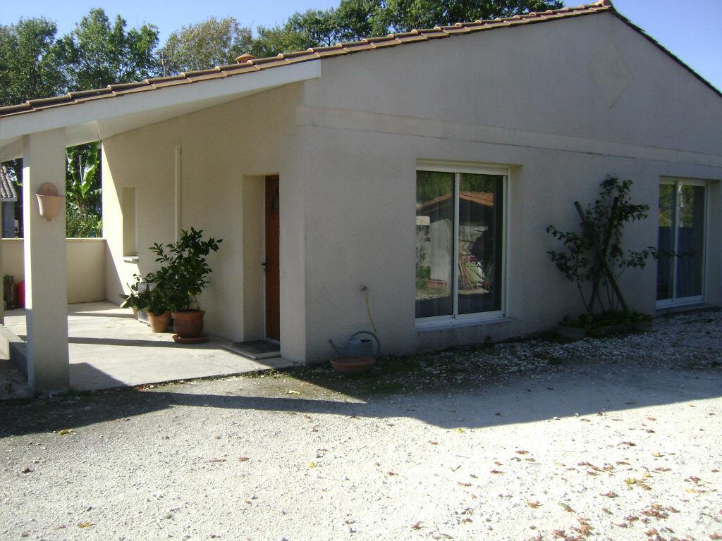 Achat Maison 3 pièces à La Lande-de-Fronsac - vignette-1