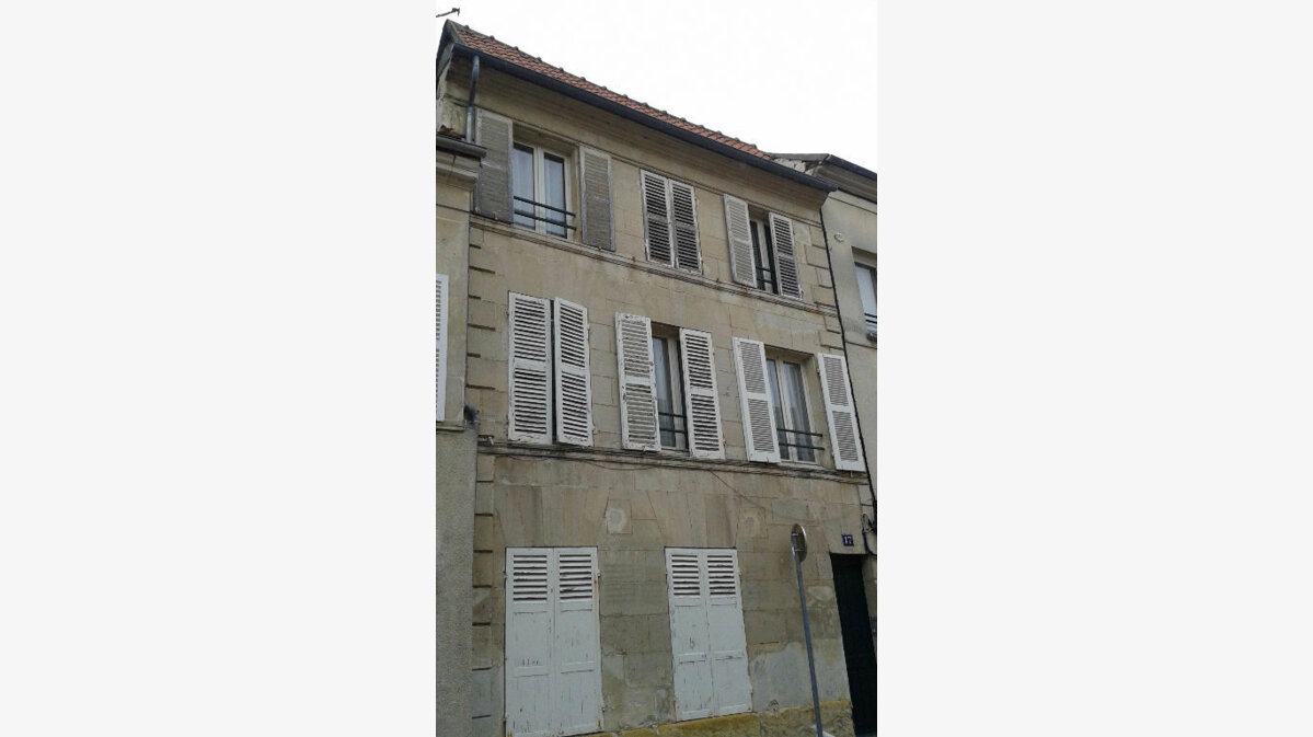 Location Appartement 1 pièce à Compiègne - vignette-1