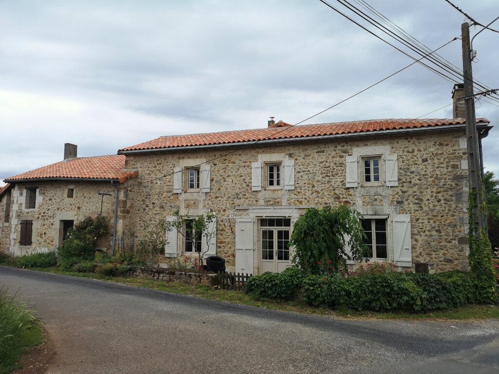 Achat Maison 5 pièces à Yvrac-et-Malleyrand - vignette-1