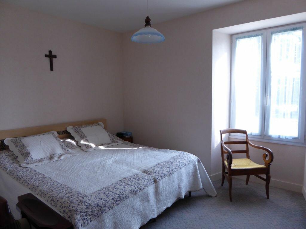 Achat Maison 8 pièces à Saint-Projet-Saint-Constant - vignette-6