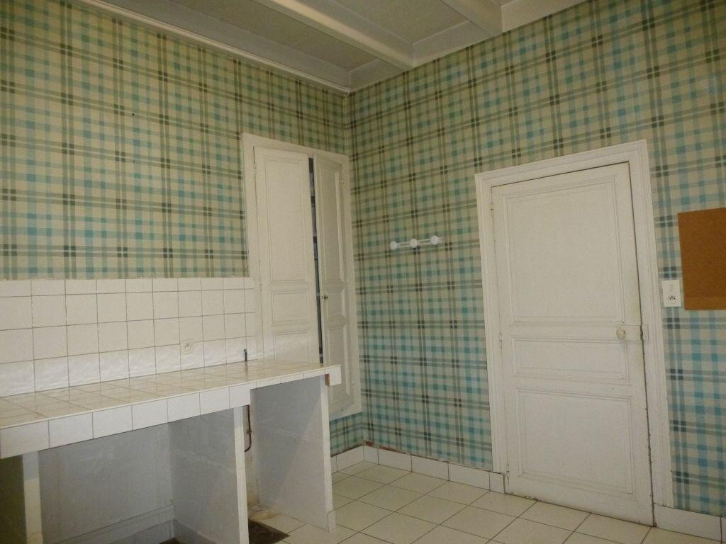 Achat Maison 6 pièces à Roumazières-Loubert - vignette-2