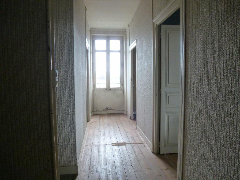 Achat Maison 6 pièces à Roumazières-Loubert - vignette-8