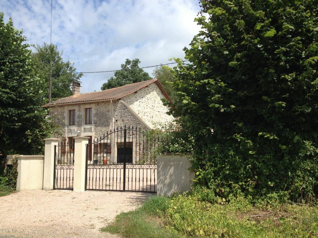 Achat Maison 6 pièces à Le Lindois - vignette-1