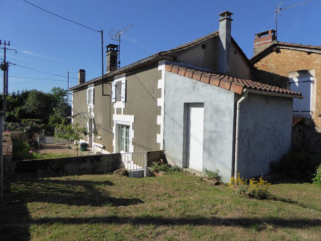 Achat Maison 3 pièces à Yvrac-et-Malleyrand - vignette-1