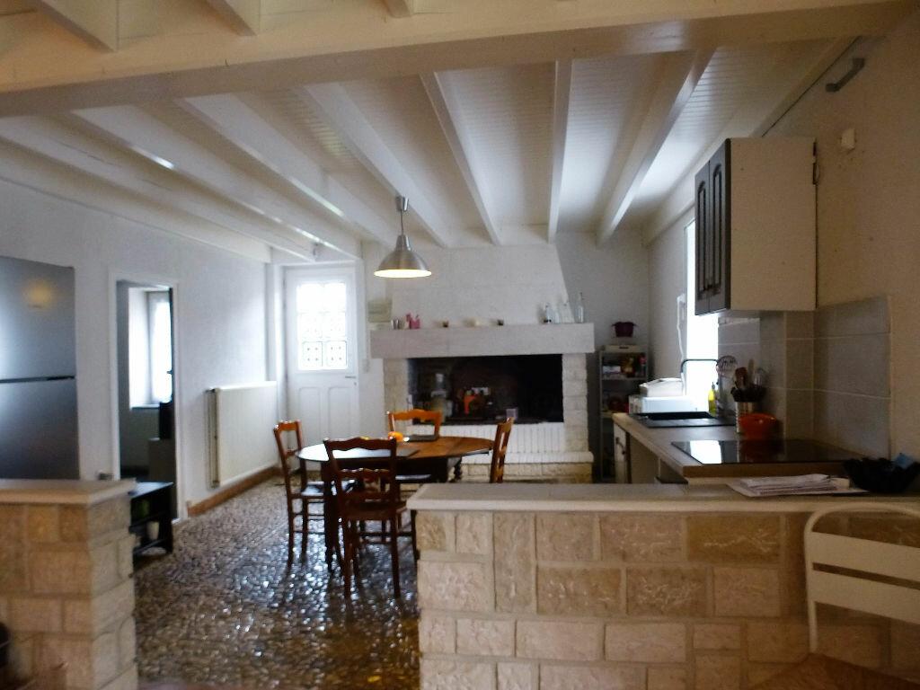 Achat Maison 7 pièces à Saint-Claud - vignette-5