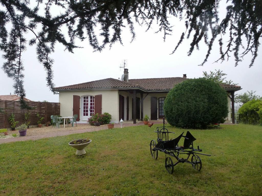 Achat Maison 7 pièces à Saint-Claud - vignette-1