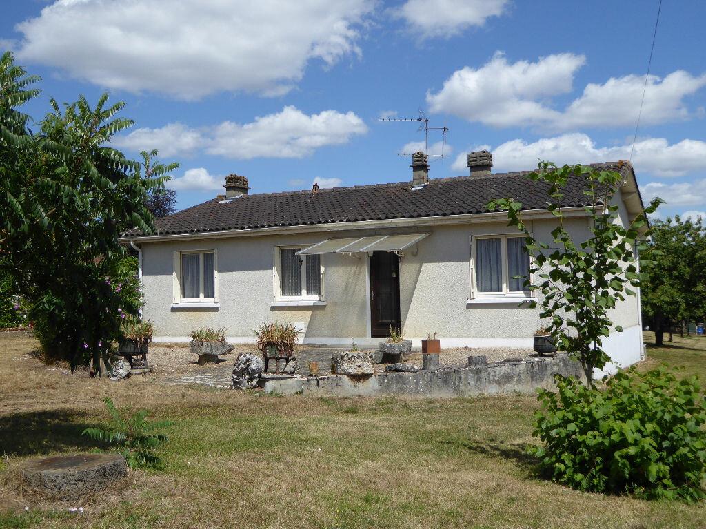 Achat Maison 6 pièces à Saint-Projet-Saint-Constant - vignette-1