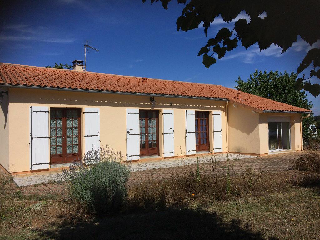 Achat Maison 5 pièces à Chasseneuil-sur-Bonnieure - vignette-1