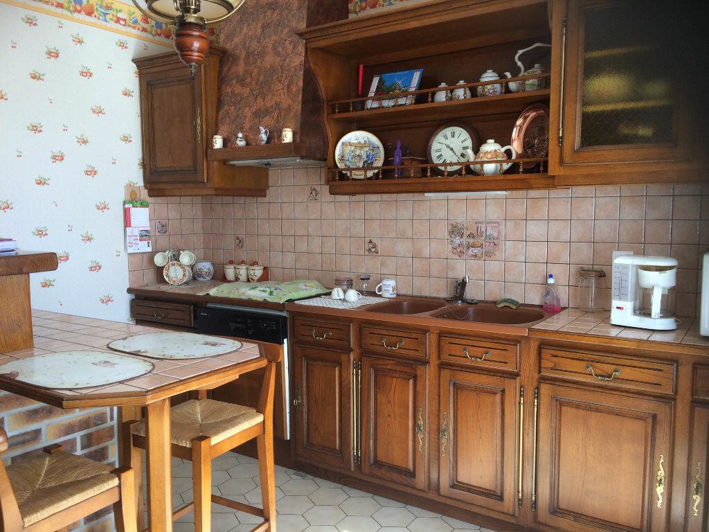 Achat Maison 5 pièces à Chasseneuil-sur-Bonnieure - vignette-3