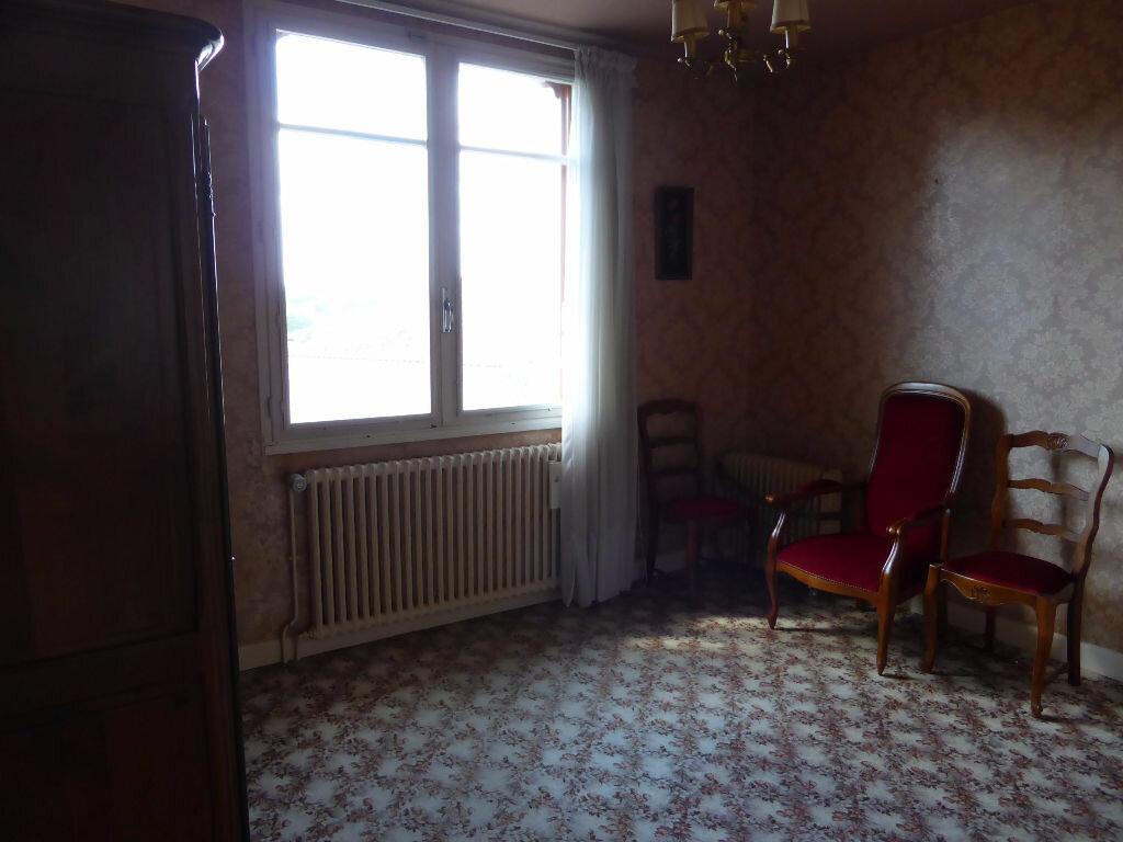 Achat Maison 4 pièces à La Rochefoucauld - vignette-5