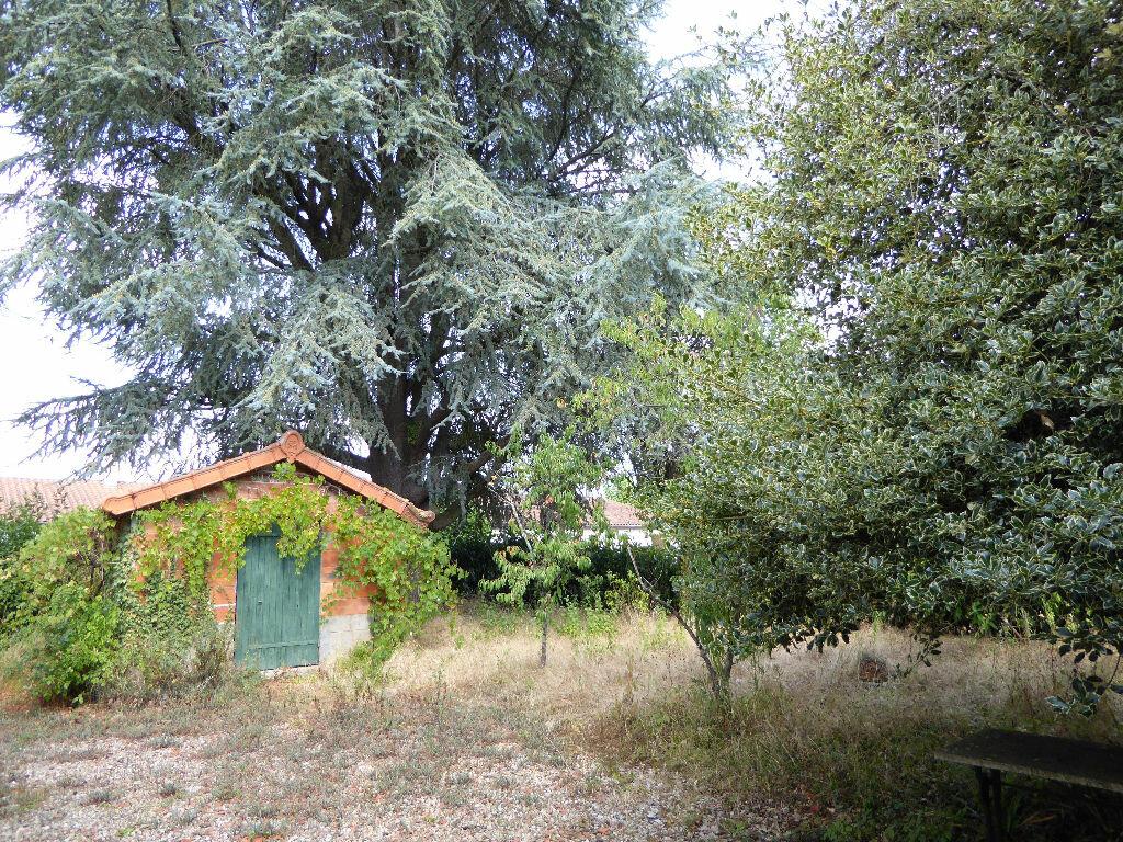 Achat Maison 8 pièces à Chasseneuil-sur-Bonnieure - vignette-10