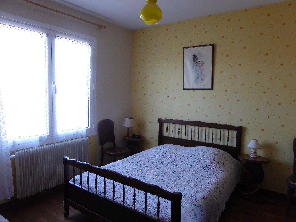 Achat Maison 6 pièces à Montbron - vignette-6