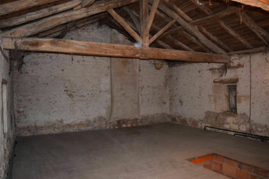 Achat Maison 6 pièces à Montbron - vignette-5