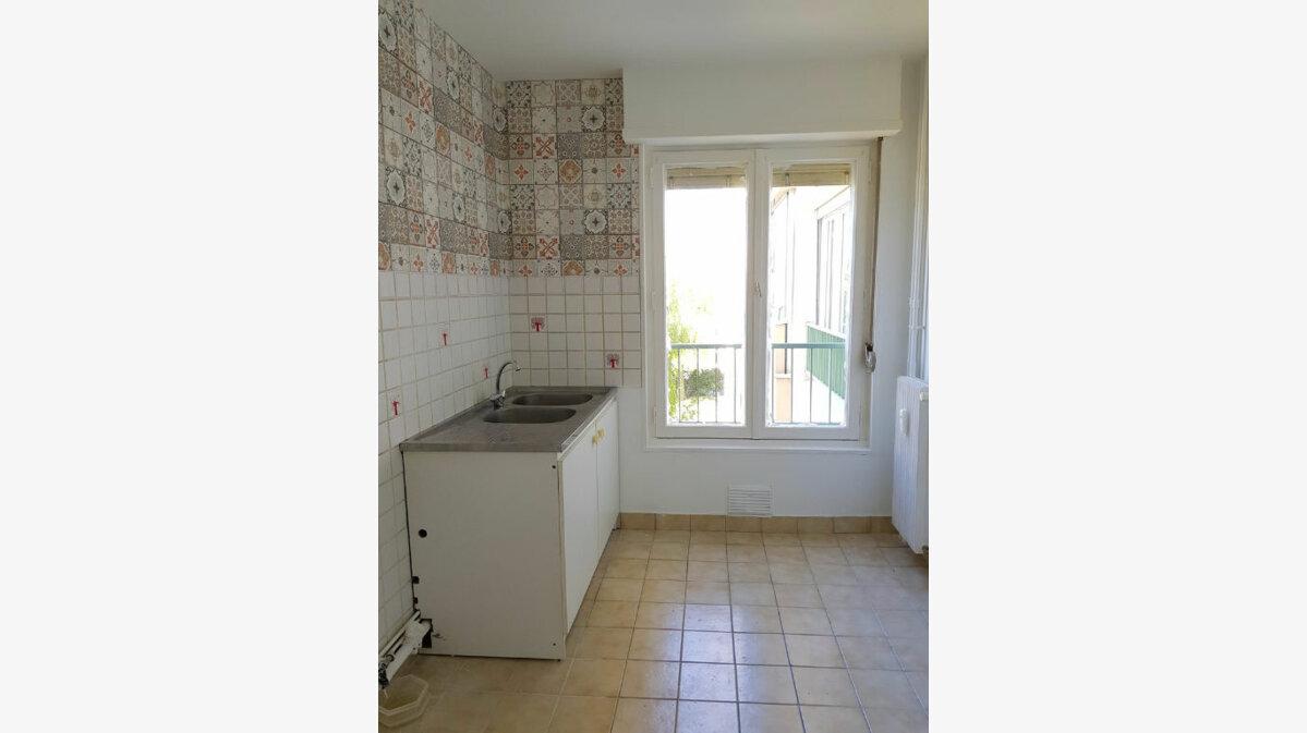 Achat Appartement 3 pièces à Reims - vignette-7