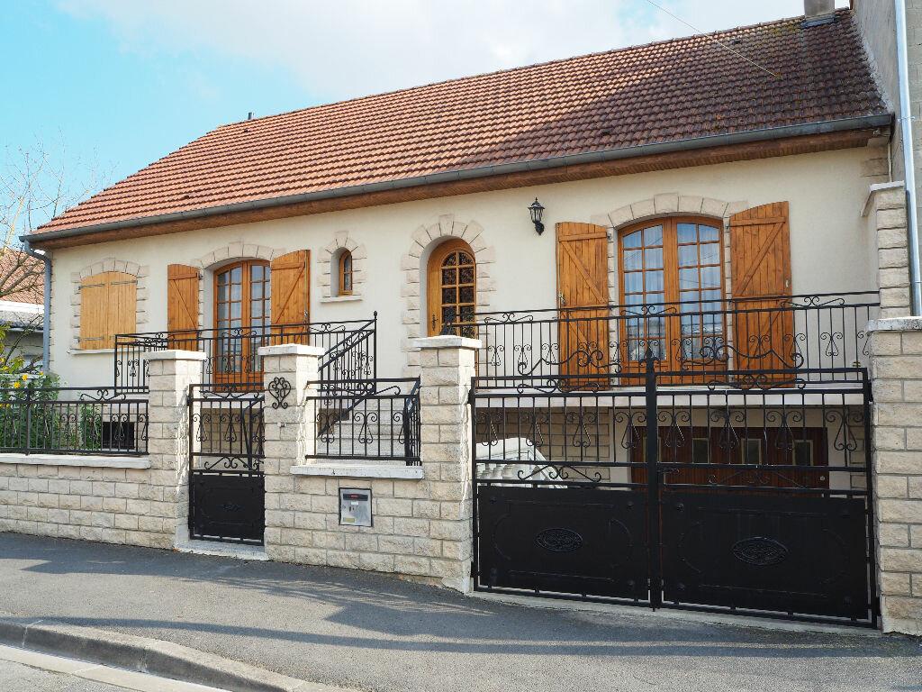 Achat Maison 8 pièces à Reims - vignette-1
