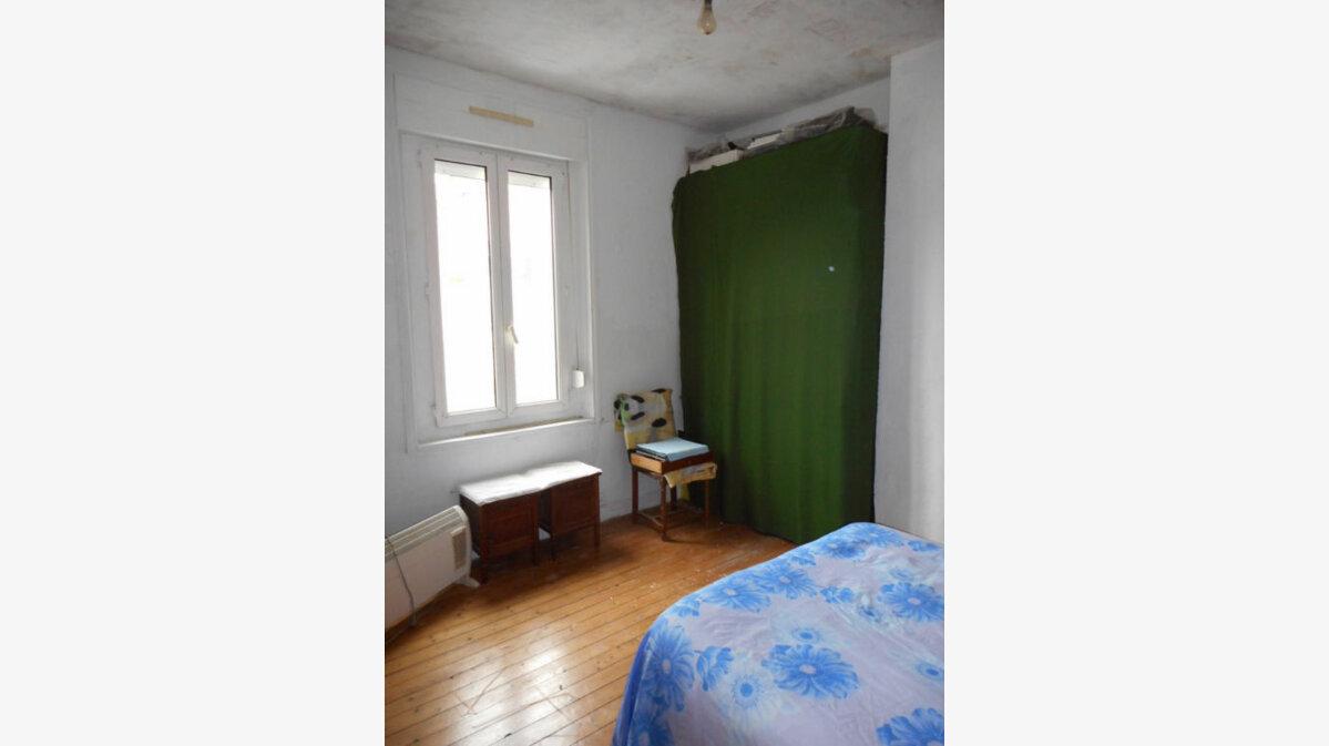 Achat Maison 5 pièces à Neufchâtel-sur-Aisne - vignette-16