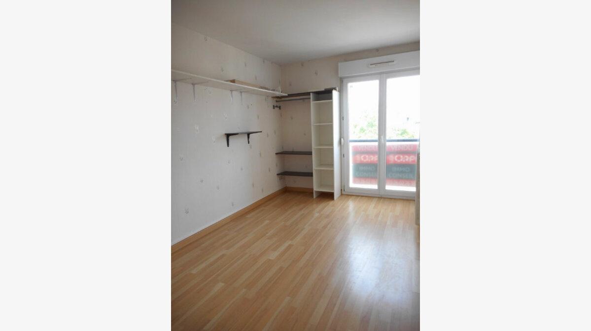 Achat Appartement 4 pièces à Reims - vignette-9