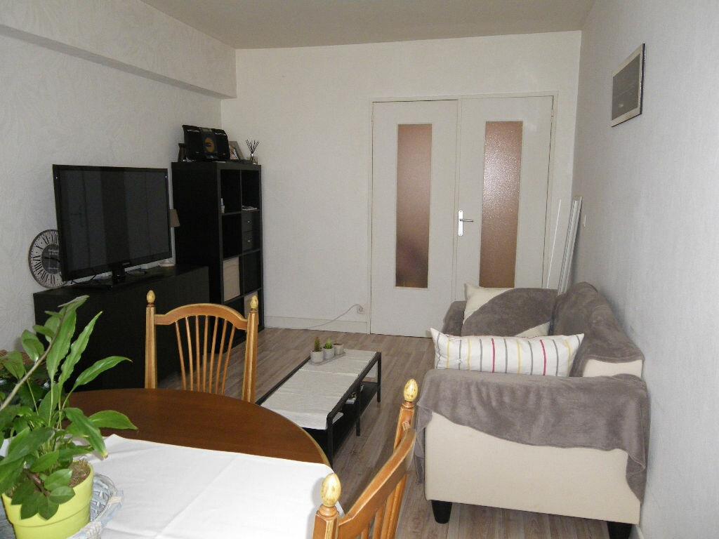 Achat Appartement 2 pièces à Reims - vignette-4