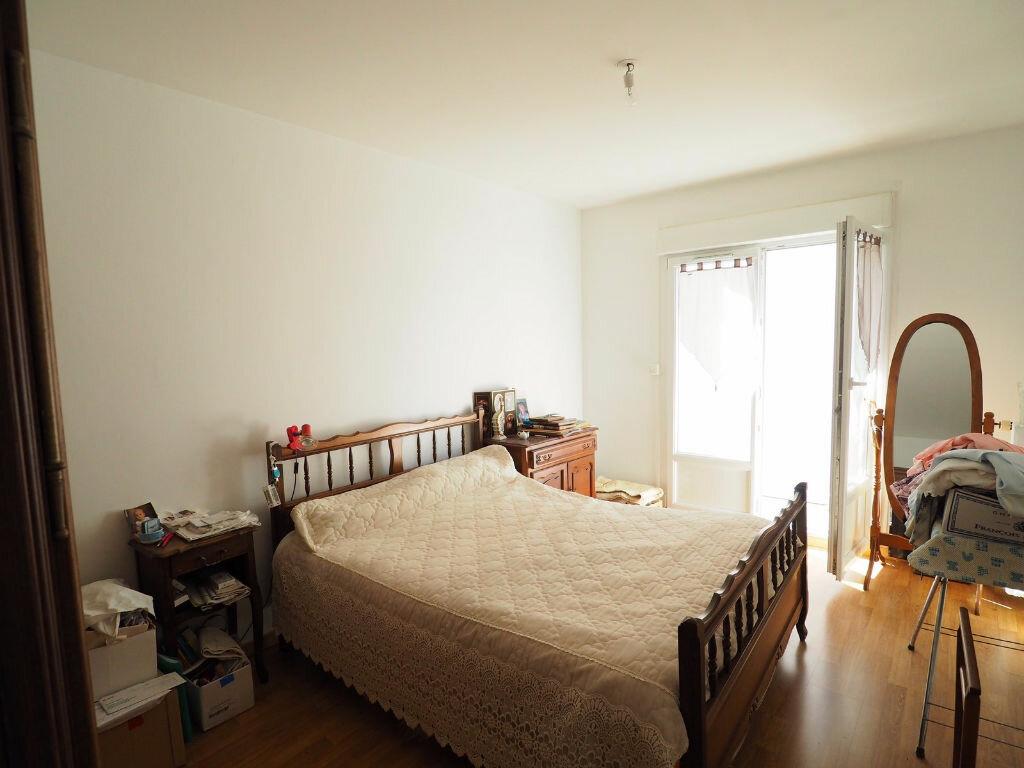 Achat Appartement 4 pièces à Reims - vignette-6