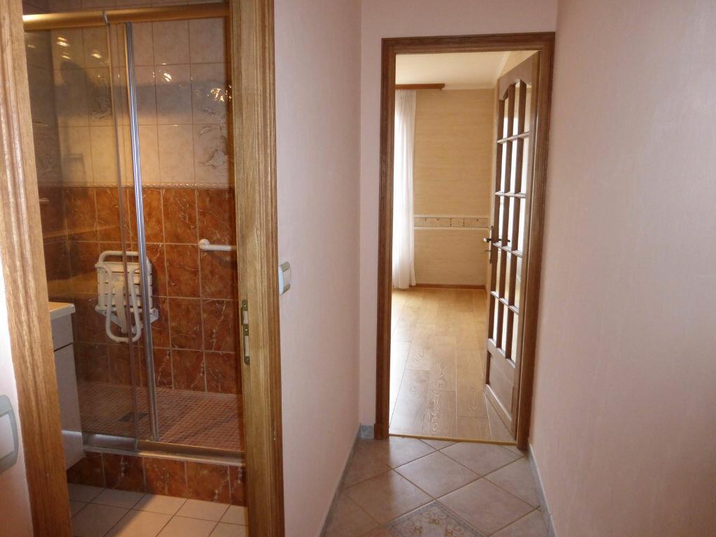 Achat Appartement 5 pièces à Reims - vignette-12