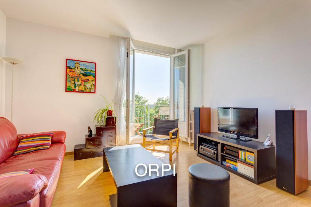 Achat Appartement 4 pièces à Suresnes - vignette-1