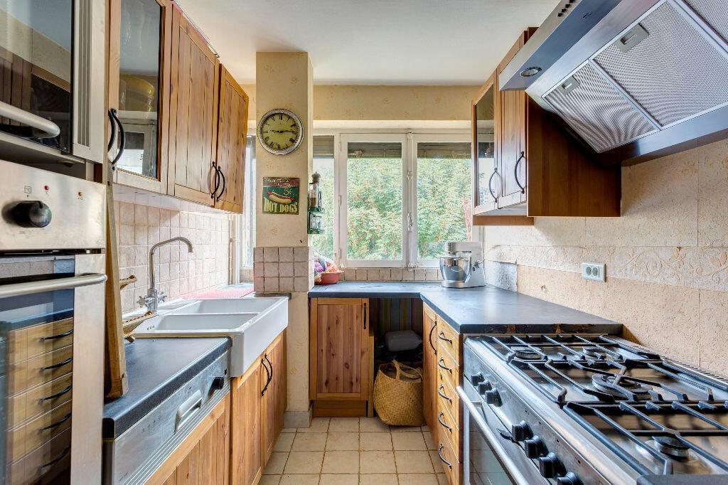 Achat Appartement 3 pièces à Saint-Cloud - vignette-2