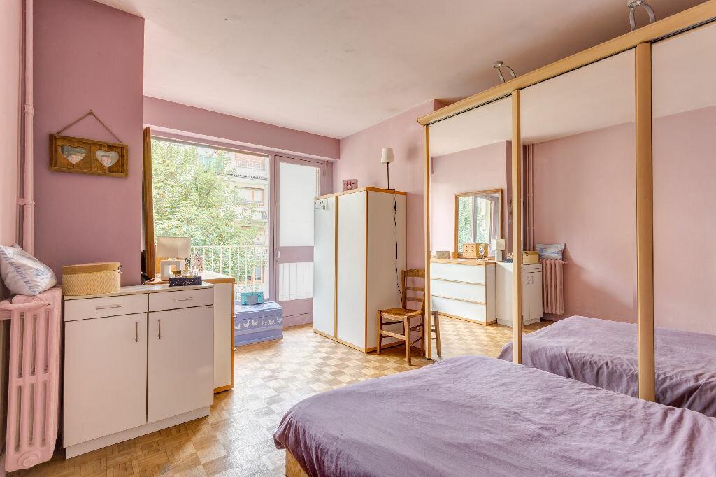 Achat Appartement 3 pièces à Saint-Cloud - vignette-3