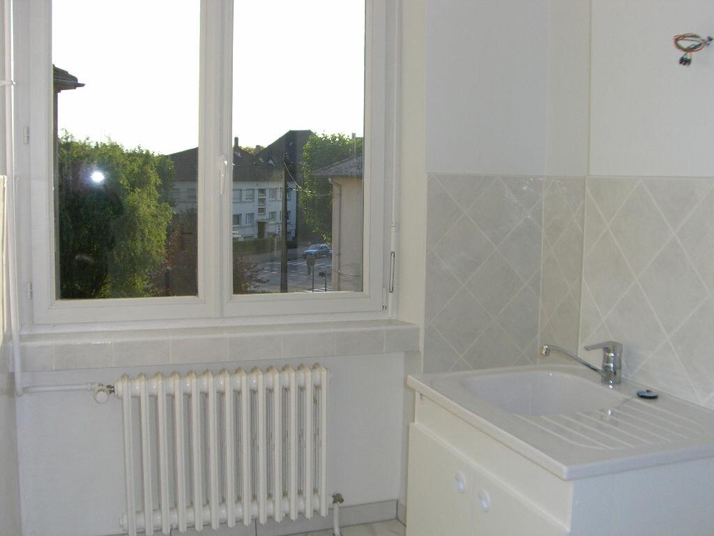 Location Appartement 3 pièces à Thionville - vignette-1