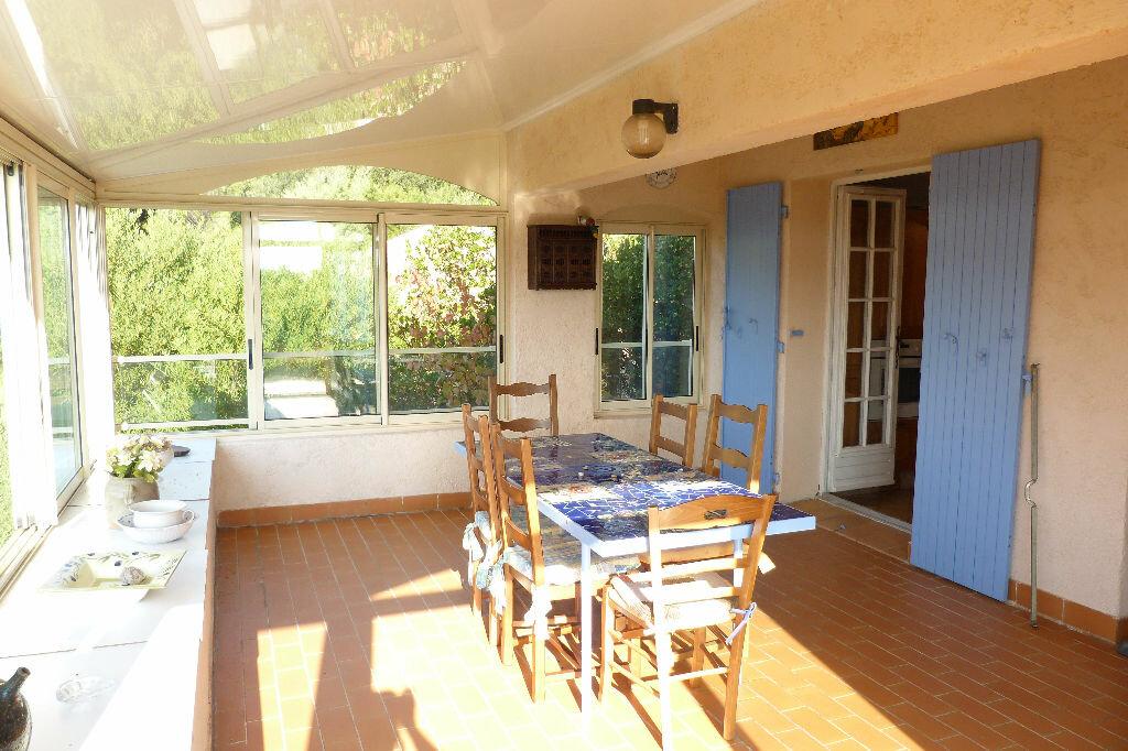 Achat Maison 6 pièces à Roquebrune-sur-Argens - vignette-4