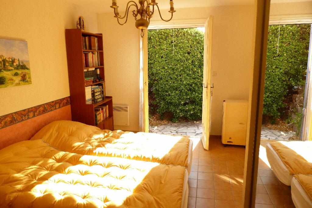Achat Maison 6 pièces à Roquebrune-sur-Argens - vignette-8