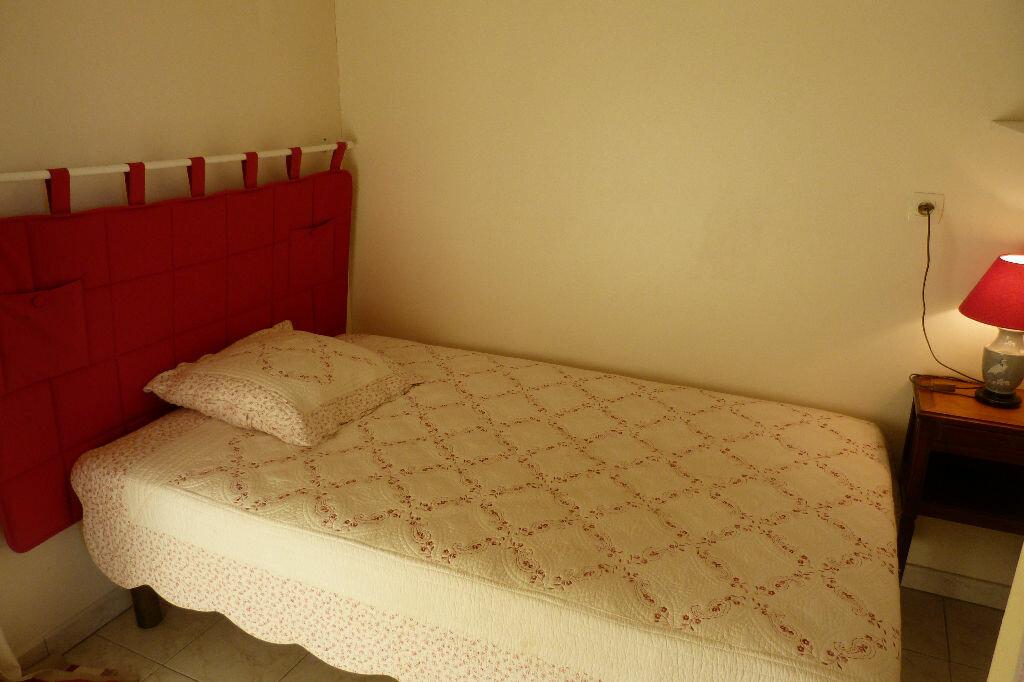 Achat Appartement 1 pièce à Fréjus - vignette-5