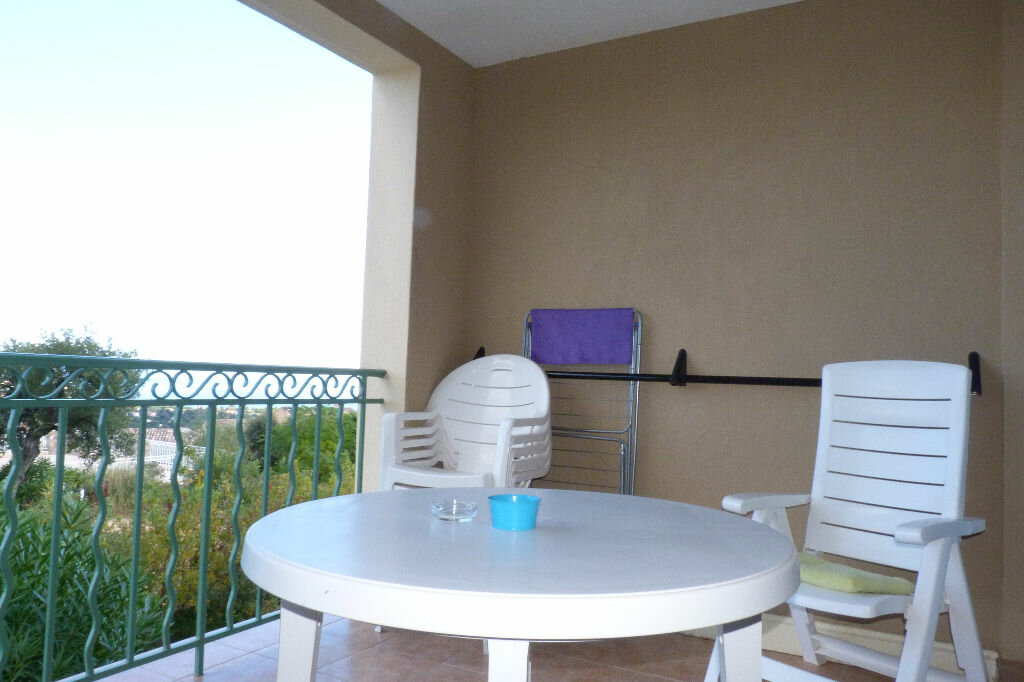 Achat Appartement 2 pièces à Roquebrune-sur-Argens - vignette-8