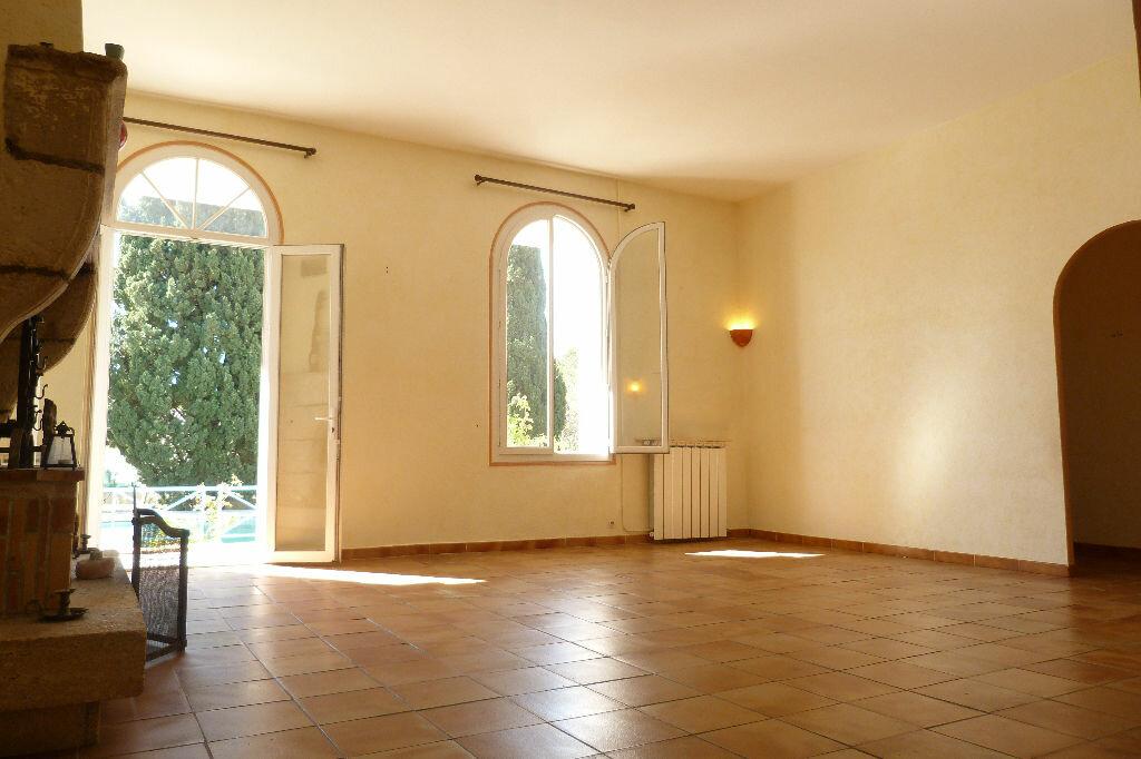 Achat Maison 11 pièces à Fréjus - vignette-6