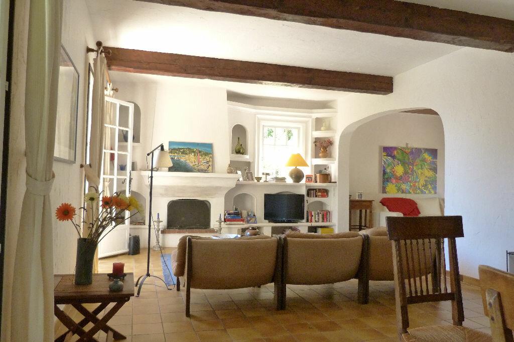 Achat Maison 8 pièces à Fréjus - vignette-5