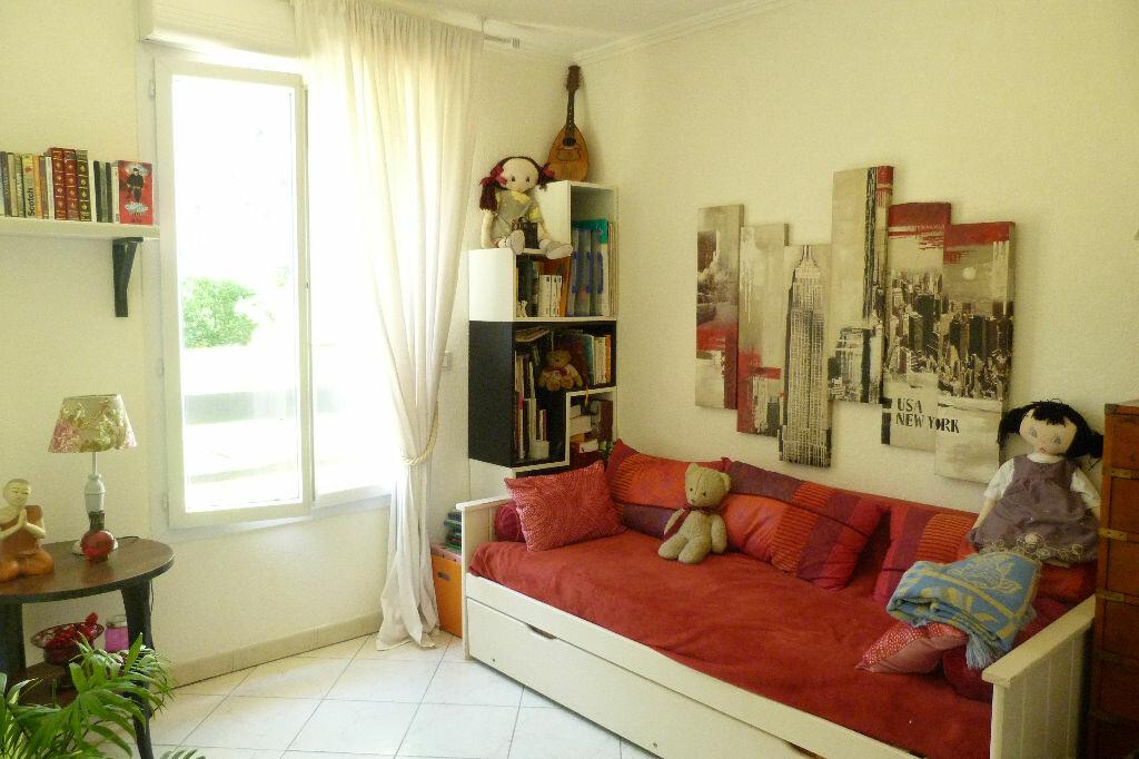 Achat Appartement 3 pièces à Fréjus - vignette-10