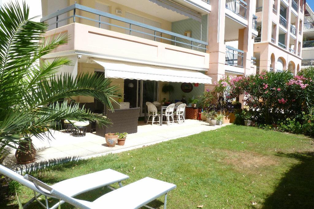 Achat Appartement 3 pièces à Fréjus - vignette-12